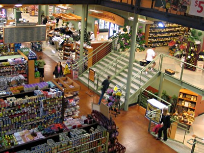 supermarket3 A 60% majority now favors allowing gays and lesbians to serve openly in the ...